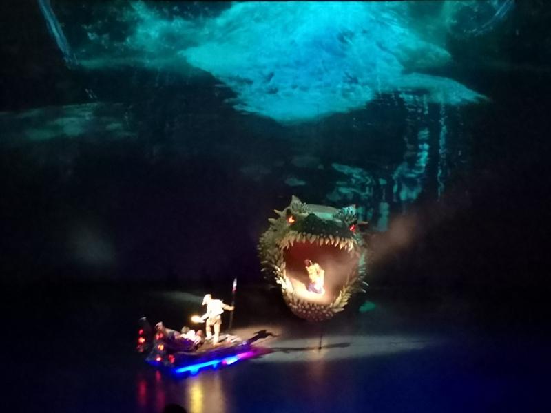 kaanshow0129 Pattaya-芭達雅KAAN show奇幻秀 舞台設計特效雜技泰拳投影雷射4D超精彩必看表演