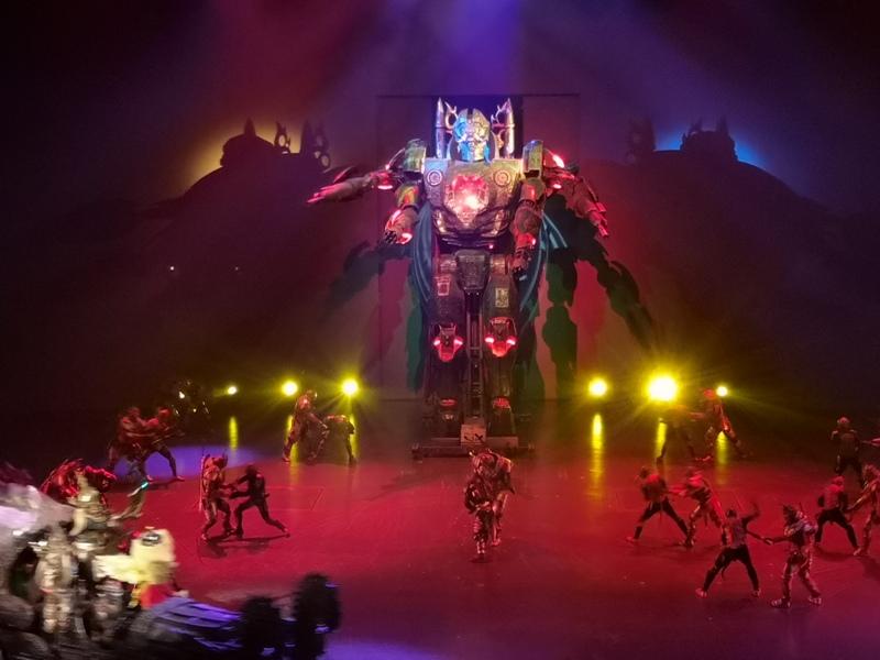kaanshow0132 Pattaya-芭達雅KAAN show奇幻秀 舞台設計特效雜技泰拳投影雷射4D超精彩必看表演