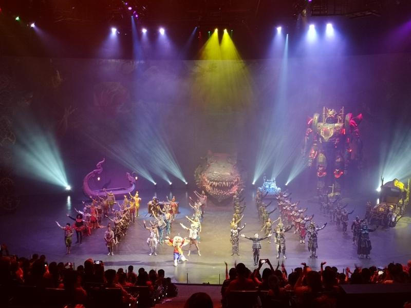 kaanshow0134 Pattaya-芭達雅KAAN show奇幻秀 舞台設計特效雜技泰拳投影雷射4D超精彩必看表演