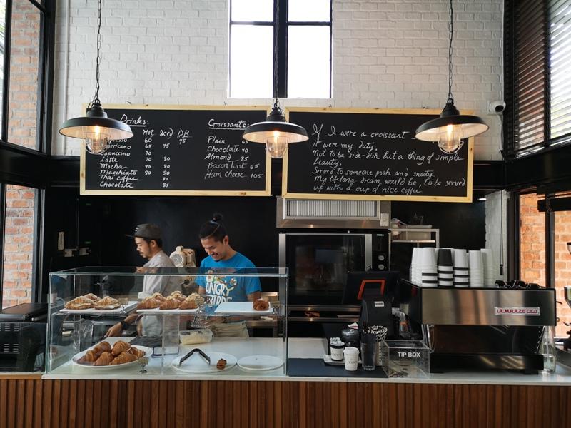 kenncafe03 Bangkok-曼谷金融區Chong Nonsi小店Kenn's Cafe香鬆可頌濃郁咖啡 美味的早茶