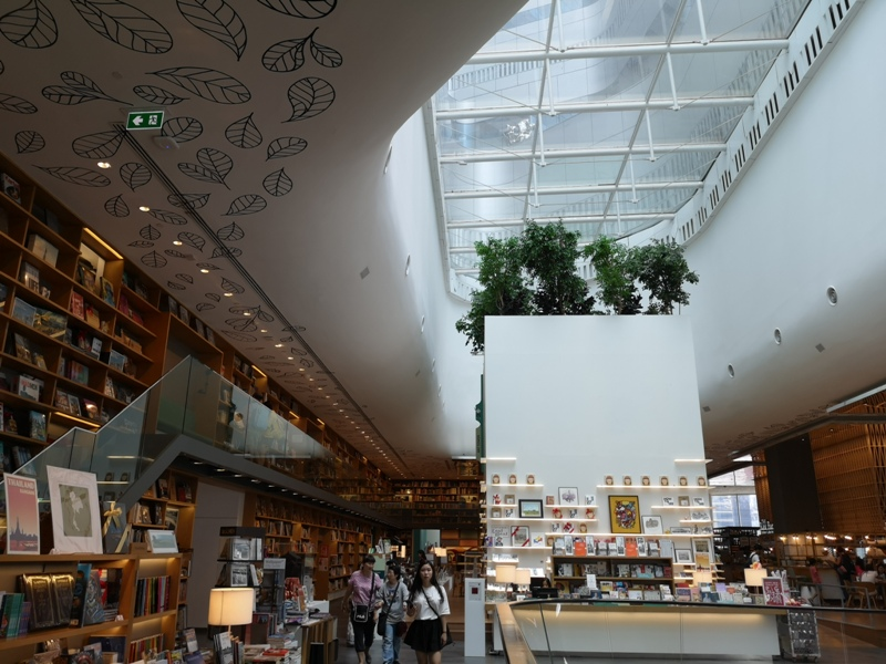 openhouse02 Bangkok-曼谷精品百貨Central Embassy最美的書店Open House