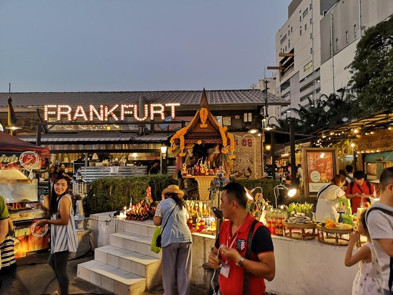 ratchadanightmarket03 Bangkok-拉差達火車夜市Train Night Market Ratchada 交通方便好吃好逛好買