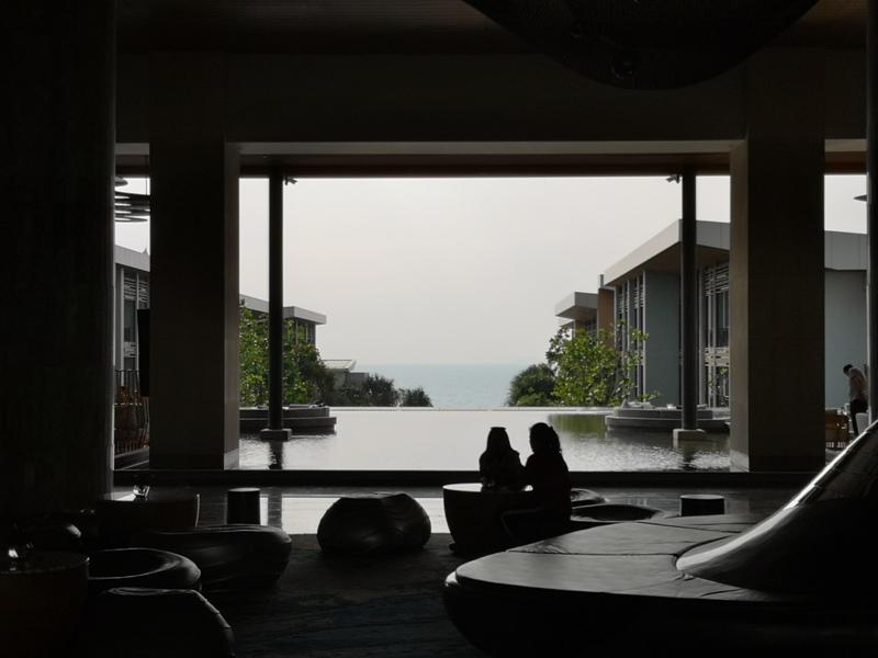 renaissancepattaya6103 Pattaya-Renaissance Pattaya Resort & Spa芭達雅萬麗 悠閒度假無邊際游泳池好舒爽