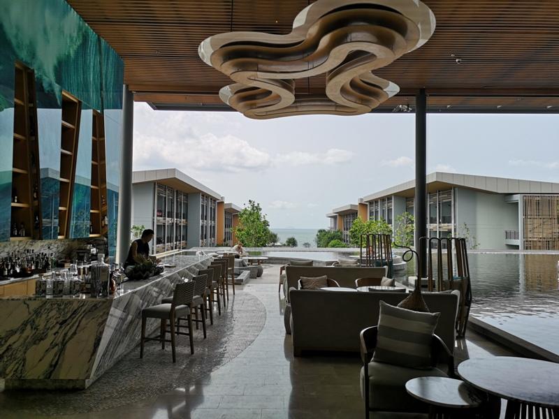 renaissancepattaya6109 Pattaya-Renaissance Pattaya Resort & Spa芭達雅萬麗 悠閒度假無邊際游泳池好舒爽