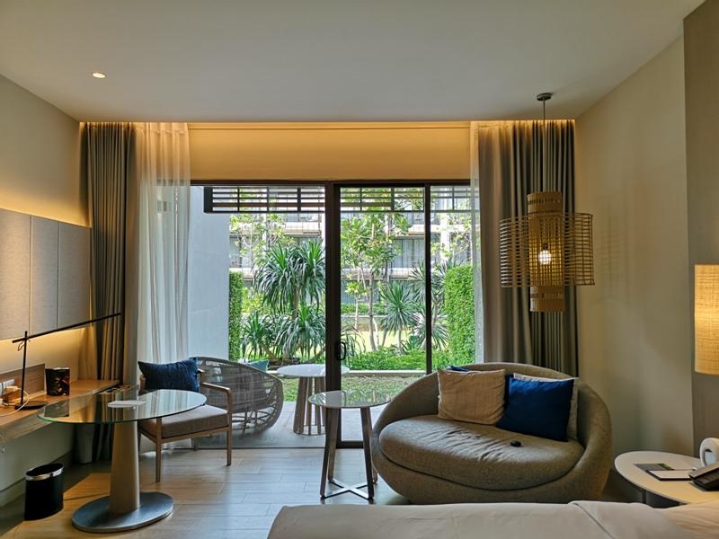 renaissancepattaya6113 Pattaya-Renaissance Pattaya Resort & Spa芭達雅萬麗 悠閒度假無邊際游泳池好舒爽