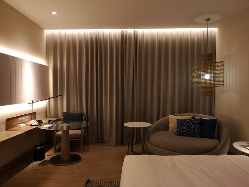 renaissancepattaya6114 Pattaya-Renaissance Pattaya Resort & Spa芭達雅萬麗 悠閒度假無邊際游泳池好舒爽