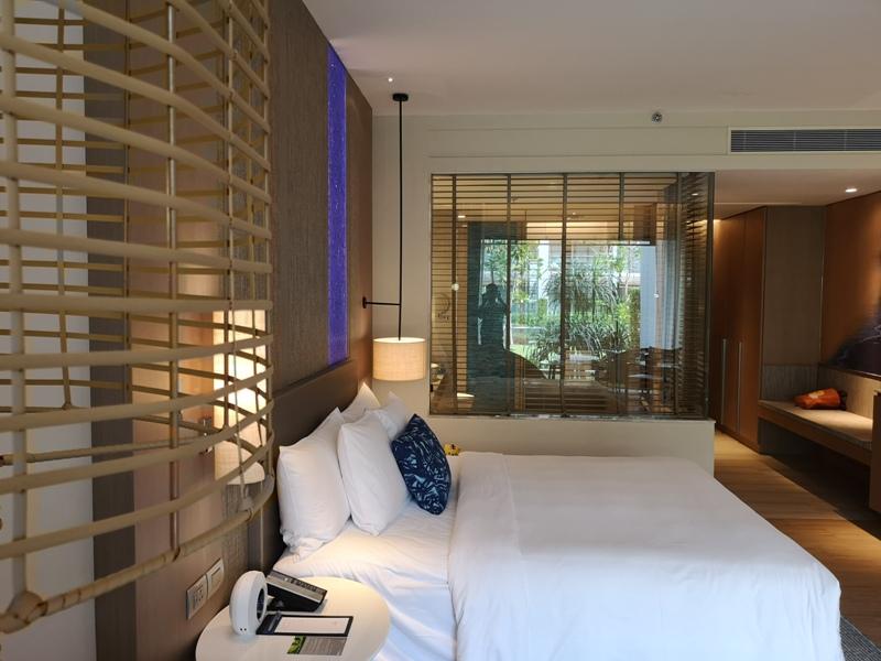 renaissancepattaya6119 Pattaya-Renaissance Pattaya Resort & Spa芭達雅萬麗 悠閒度假無邊際游泳池好舒爽