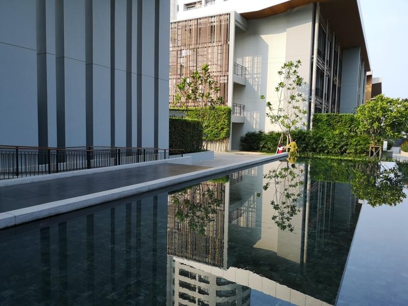 renaissancepattaya6138 Pattaya-Renaissance Pattaya Resort & Spa芭達雅萬麗 悠閒度假無邊際游泳池好舒爽