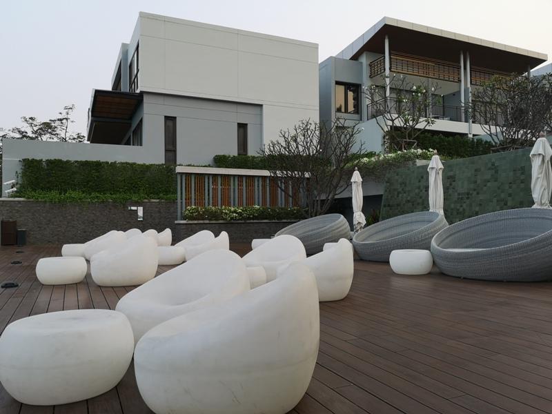 renaissancepattaya6144 Pattaya-Renaissance Pattaya Resort & Spa芭達雅萬麗 悠閒度假無邊際游泳池好舒爽