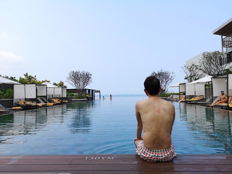 renaissancepattaya6165 Pattaya-Renaissance Pattaya Resort & Spa芭達雅萬麗 悠閒度假無邊際游泳池好舒爽
