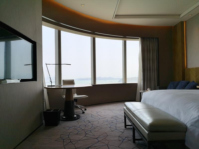 xiamenmarriott15 Xiamen-廈門泰地萬豪酒店 乾淨的發亮的窗戶與地板...新的就是好