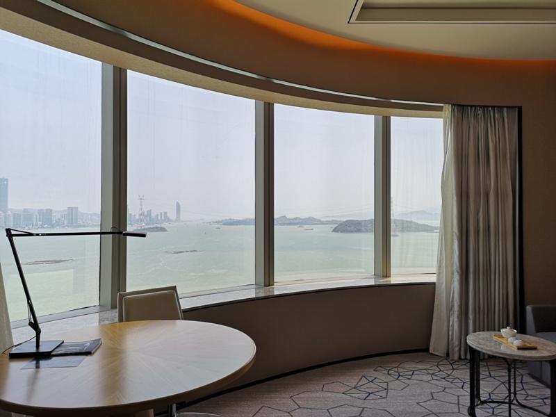 xiamenmarriott16 Xiamen-廈門泰地萬豪酒店 乾淨的發亮的窗戶與地板...新的就是好