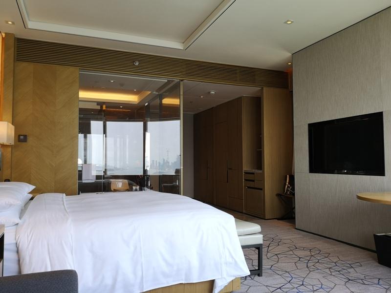 xiamenmarriott22 Xiamen-廈門泰地萬豪酒店 乾淨的發亮的窗戶與地板...新的就是好