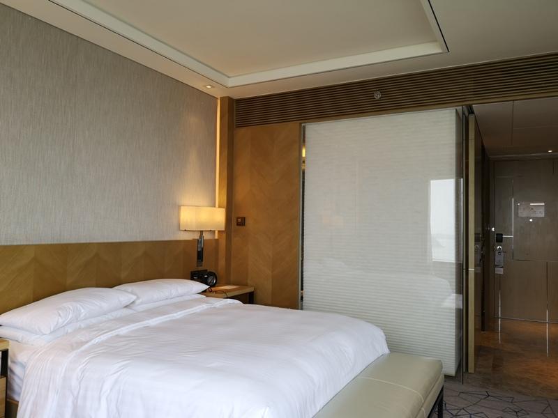 xiamenmarriott28 Xiamen-廈門泰地萬豪酒店 乾淨的發亮的窗戶與地板...新的就是好