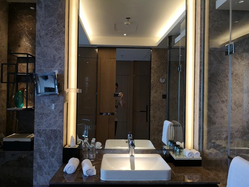 xiamenmarriott30 Xiamen-廈門泰地萬豪酒店 乾淨的發亮的窗戶與地板...新的就是好