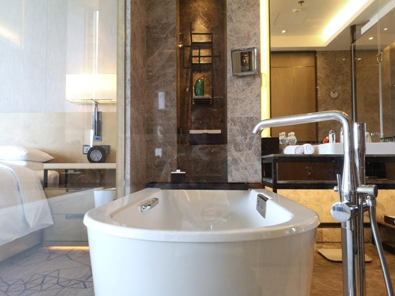 xiamenmarriott33 Xiamen-廈門泰地萬豪酒店 乾淨的發亮的窗戶與地板...新的就是好