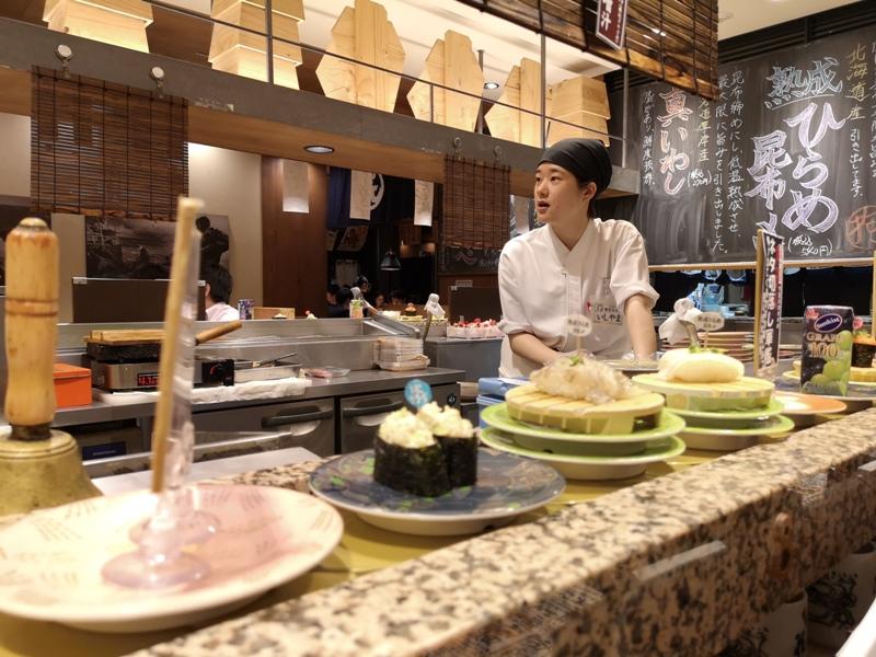 hanamaru18 Tokyo-超人氣旋轉壽司 根室花まる KITTE很好逛有博物館也有空中花園拍東京車站