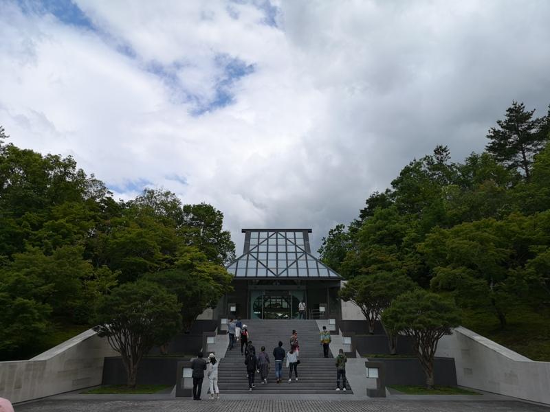 mihomuseum09 Shiga-滋賀Miho Museum美秀美術館 貝聿銘的桃花園 內外皆美的美術館