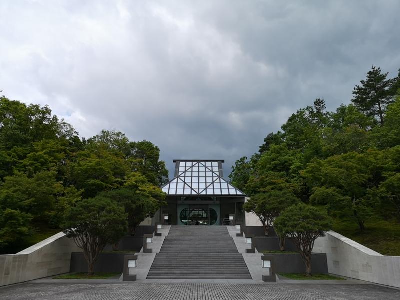mihomuseum10 Shiga-滋賀Miho Museum美秀美術館 貝聿銘的桃花園 內外皆美的美術館