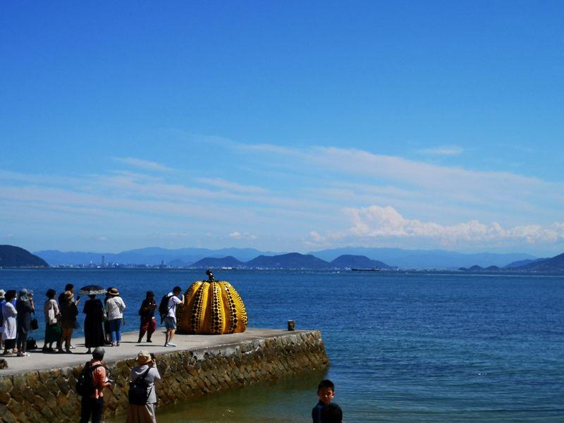 pumpkin14 Naoshima-黃南瓜紅南瓜 草間彌生的點點世界 快來直島找南瓜