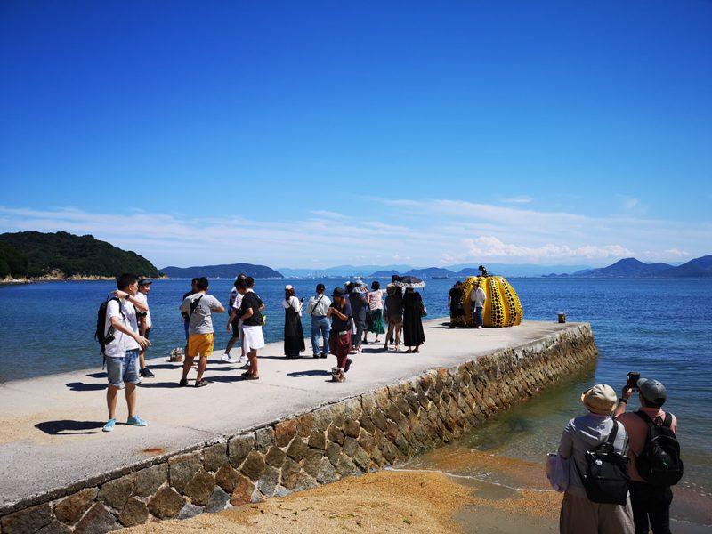 pumpkin15 Naoshima-黃南瓜紅南瓜 草間彌生的點點世界 快來直島找南瓜