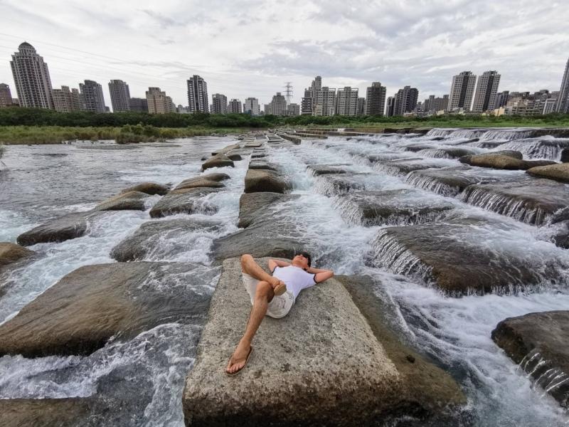 tofurockkk7 新竹-豆腐岩 頭前溪上水聲潺潺的IG熱點