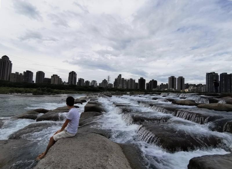 tofurockkk8 新竹-豆腐岩 頭前溪上水聲潺潺的IG熱點