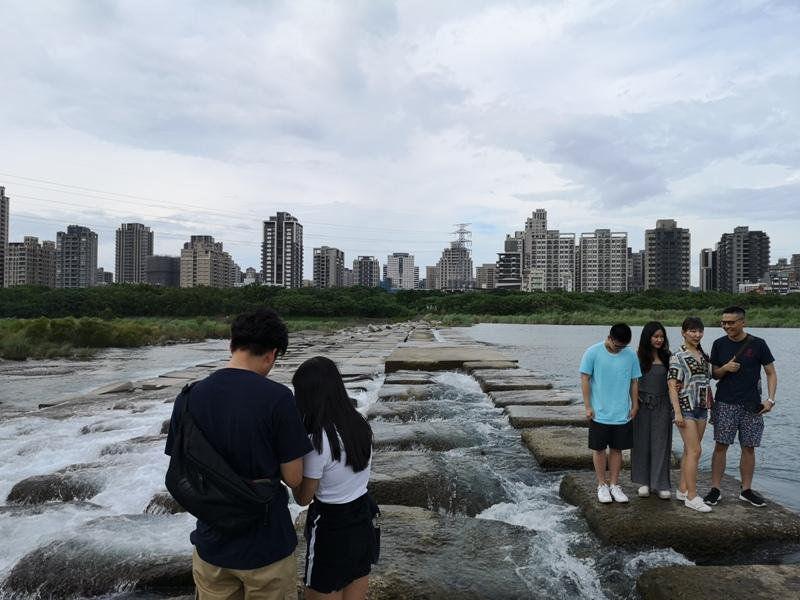 tofurockkkkk3 新竹-豆腐岩 頭前溪上水聲潺潺的IG熱點