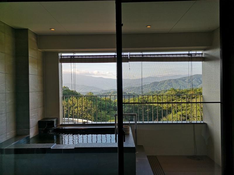 izumarriott23 Izu-伊豆修善寺萬豪 房間內泡湯享受山景與新鮮空氣