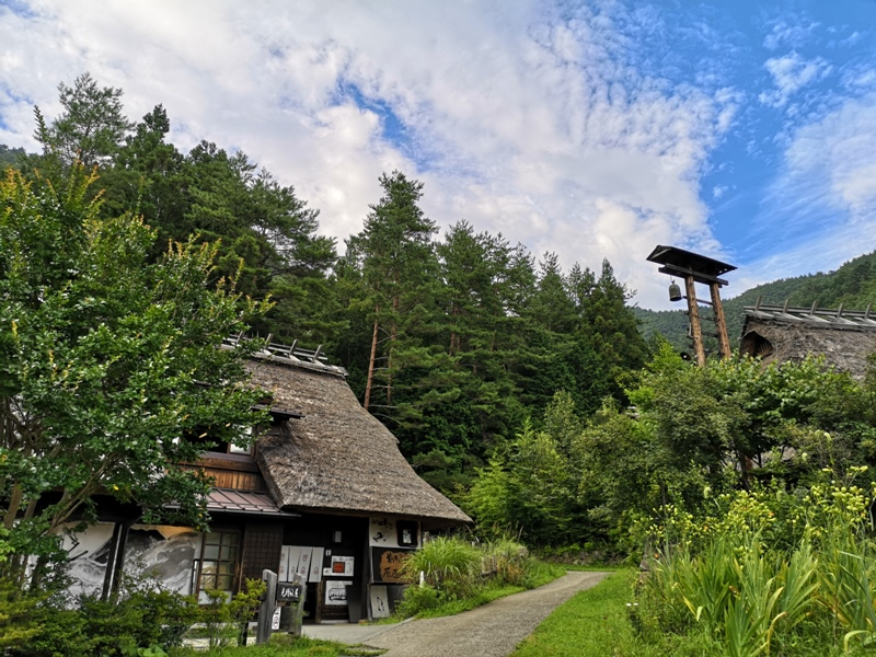 lyashinosatoo18 Seiko-西湖いやしの里根場 富士山下的合掌村