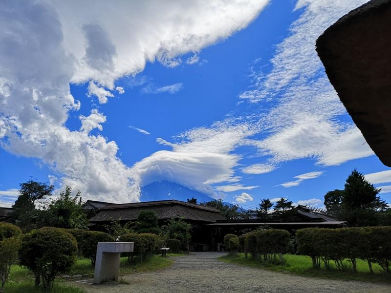 oshinohakkai01 Nakayamako-忍野八海 富士山旁湧泉小村落 看水玩水賞富士