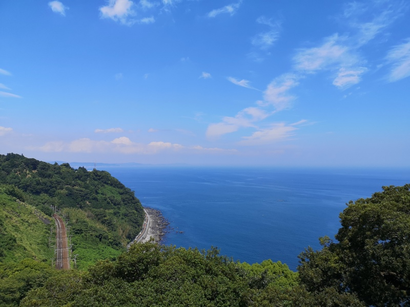 paradisecafe10 Odawara-Paradise Cafe Saddle Back藍天綠樹海景紅瓦屋 江之浦的景觀咖啡
