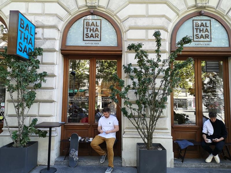 balthasar02 Vienna-Balthasar一杯咖啡賞維也納街邊風光...初秋陽光燦爛超chill
