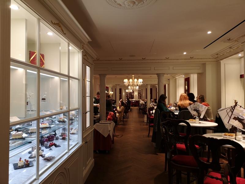 cafesacher03 Salzburg-薩爾斯堡Cafe Sacher沙河飯店吃沙河蛋糕 奧地利國寶甜點