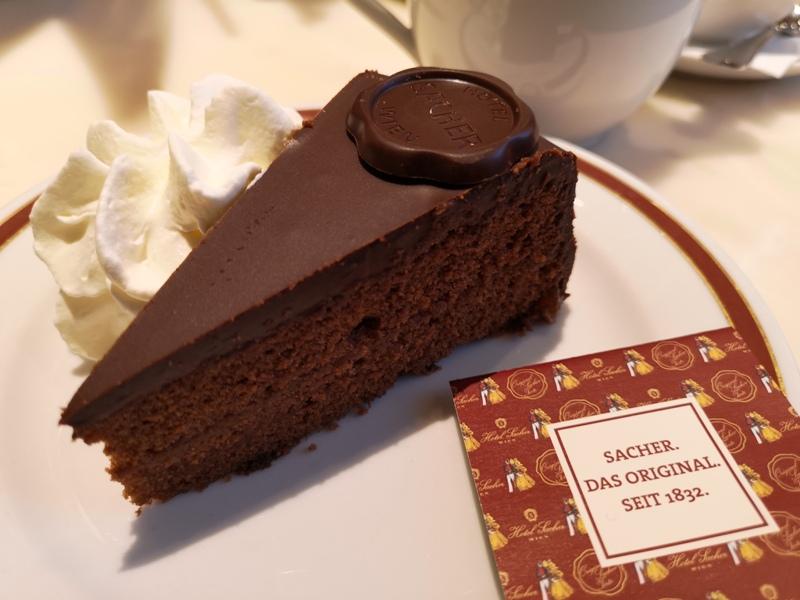 cafesacher15 Salzburg-薩爾斯堡Cafe Sacher沙河飯店吃沙河蛋糕 奧地利國寶甜點