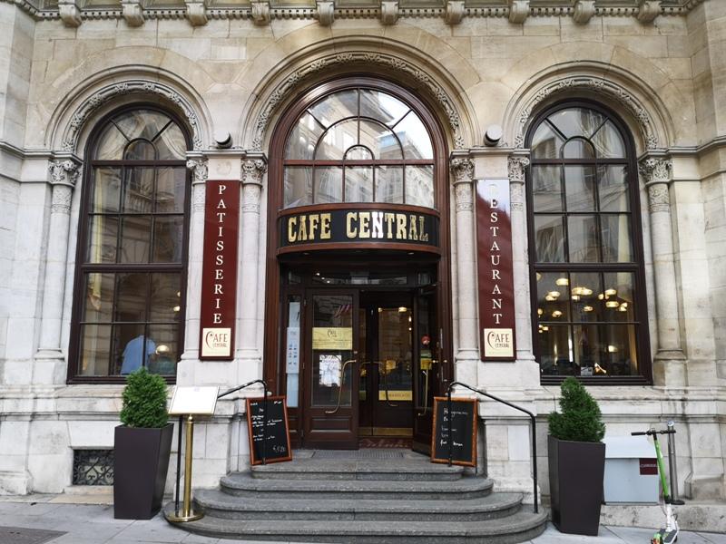 centralcafevie02 Vienna-Central Cafe我不在咖啡館 就在去咖啡館的路上 世界最美咖啡館之維也納中央咖啡館