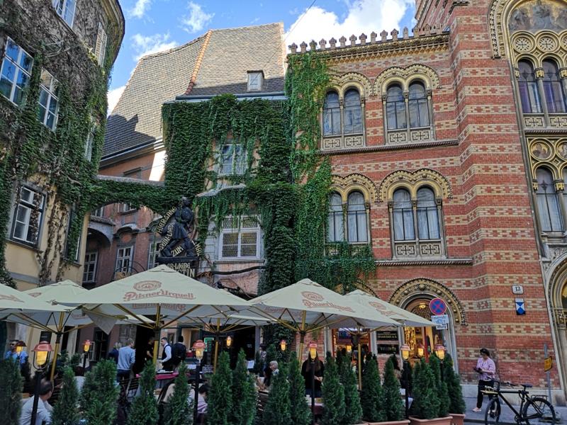 fenster03 Vienna-Fenster Cafe維也納小巷中的咖啡外帶BAR 簡單好喝