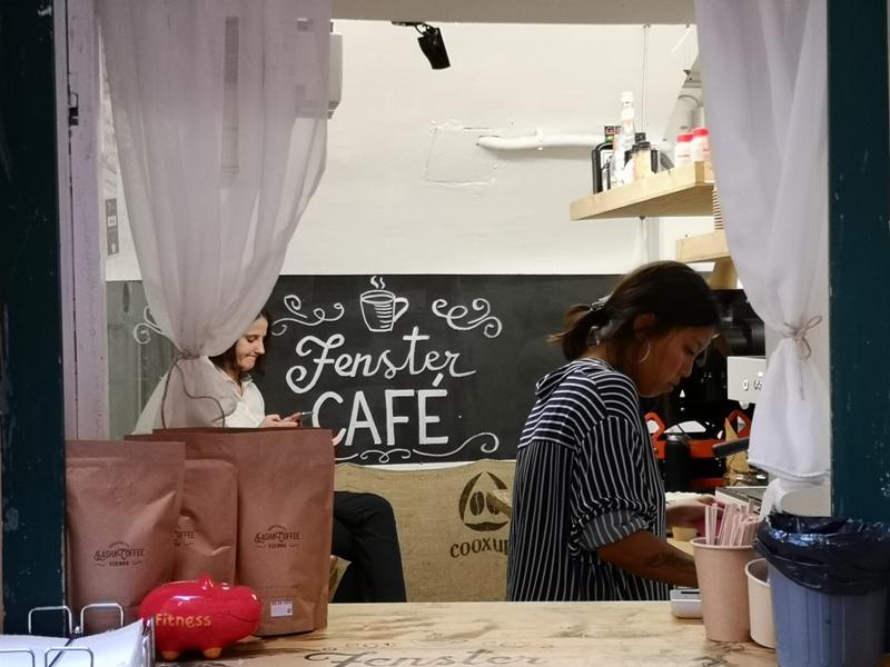 fenster07 Vienna-Fenster Cafe維也納小巷中的咖啡外帶BAR 簡單好喝