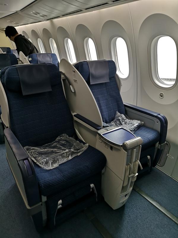 flyvie07 201909台北維也納 ANA787-9夢幻客機商務艙初體驗
