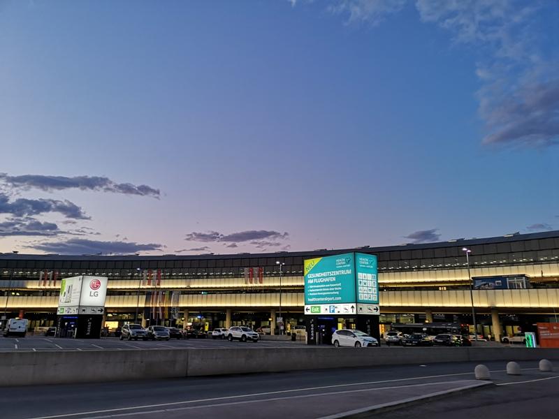 flyvie55 201909台北維也納 ANA787-9夢幻客機商務艙初體驗