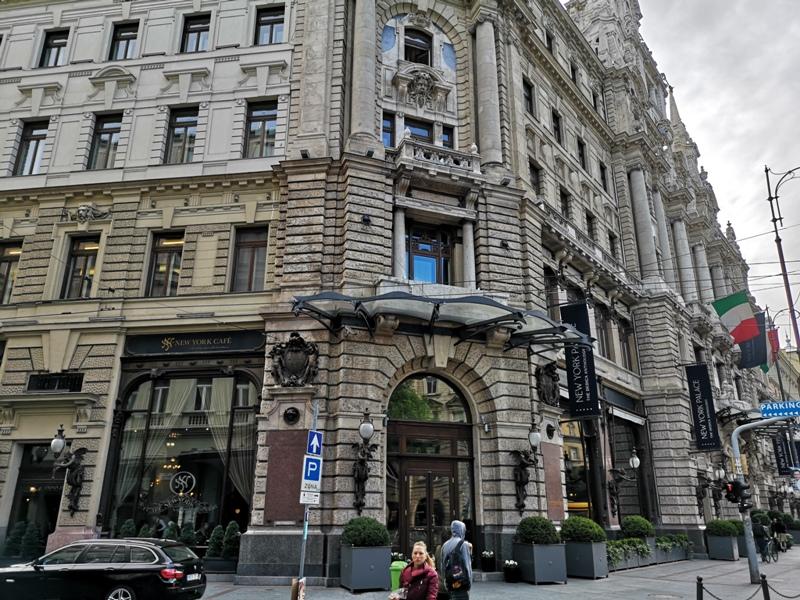 newyorkcafe01 Budapest-New York Cafe宮殿般奢華 世界最美咖啡館之布達佩斯紐約咖啡