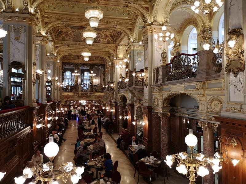 newyorkcafe17 Budapest-New York Cafe宮殿般奢華 世界最美咖啡館之布達佩斯紐約咖啡