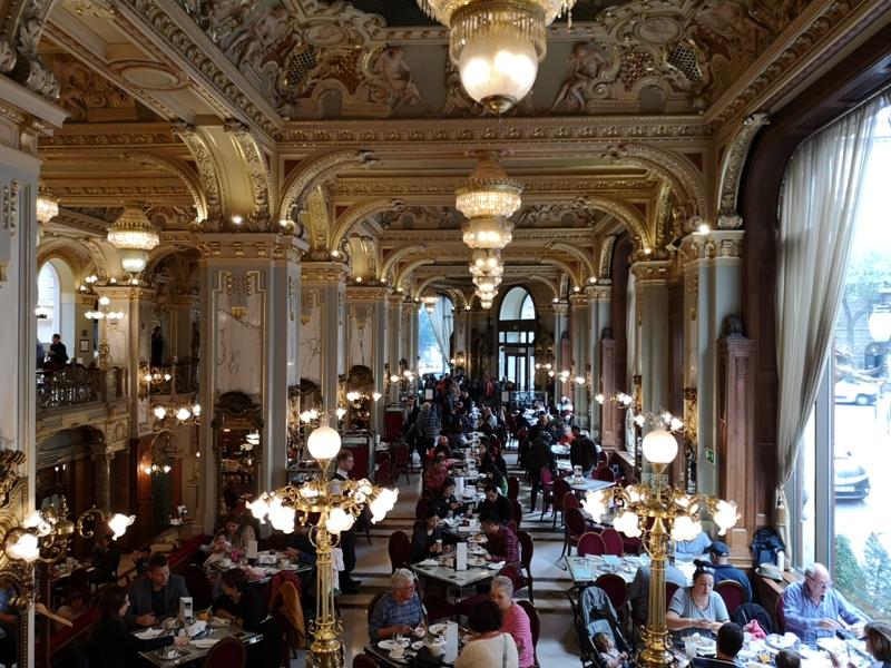 newyorkcafe19 Budapest-New York Cafe宮殿般奢華 世界最美咖啡館之布達佩斯紐約咖啡