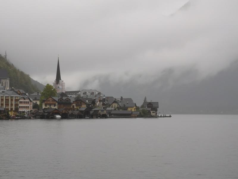 hallstatt0146 Hallstatt-世界最美小鎮 哈斯塔特 陰雨天的朦朧美感