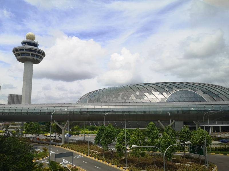 jewelchangiiii01 Singapore-Jewel Changi星耀樟宜 城市中的森林谷 綠意中人工瀑布雨漩渦超吸精 新加坡樟宜機場必訪