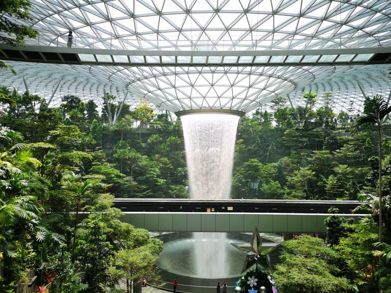 jewelchangiiii03 Singapore-Jewel Changi星耀樟宜 城市中的森林谷 綠意中人工瀑布雨漩渦超吸精 新加坡樟宜機場必訪