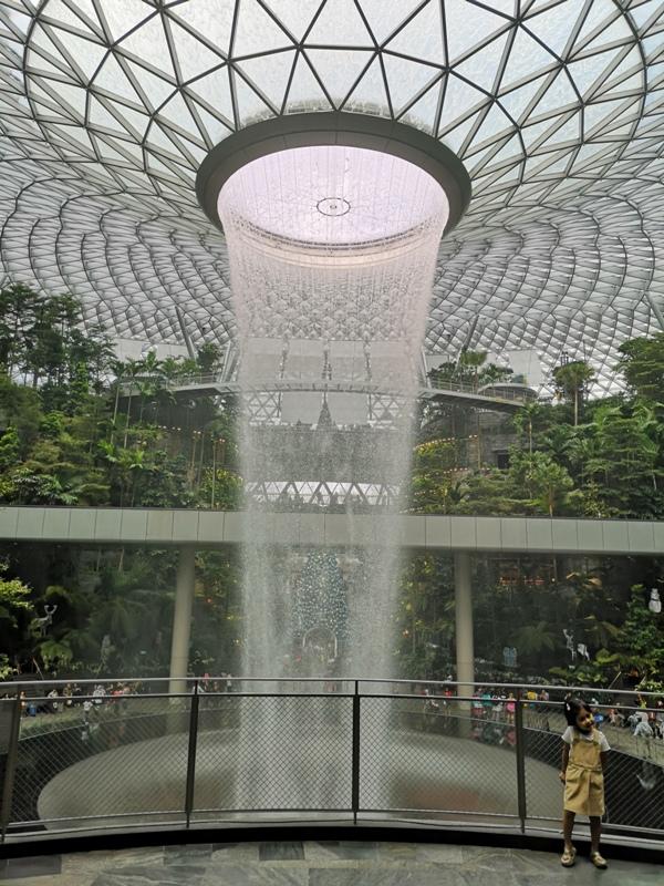jewelchangiiii10 Singapore-Jewel Changi星耀樟宜 城市中的森林谷 綠意中人工瀑布雨漩渦超吸精 新加坡樟宜機場必訪