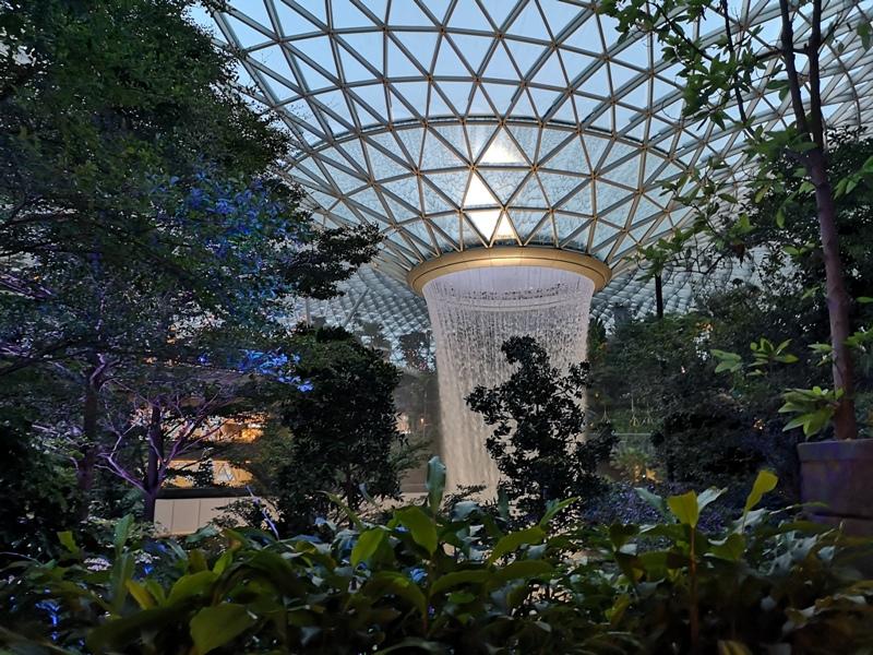 jewelchangiiii25 Singapore-Jewel Changi星耀樟宜 城市中的森林谷 綠意中人工瀑布雨漩渦超吸精 新加坡樟宜機場必訪