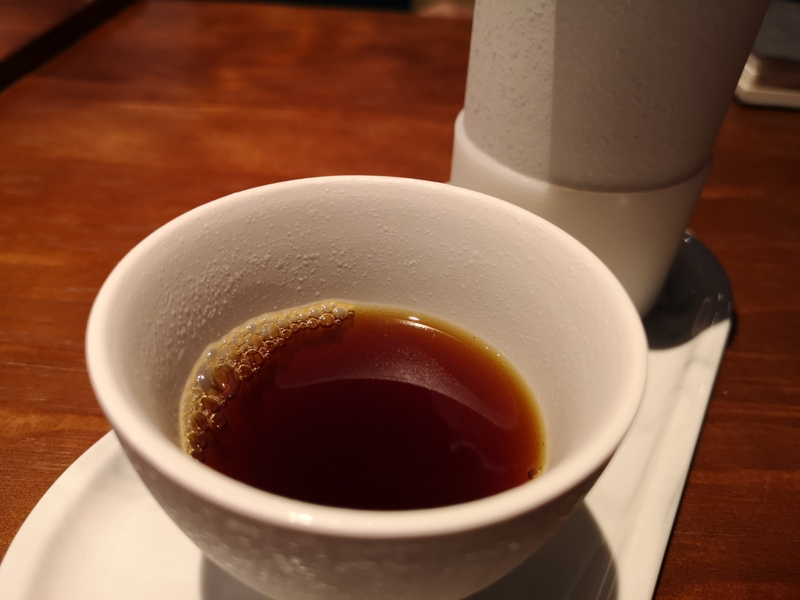 underwater12 中山-Coffee Underwater水底下的藍...優雅的灰...愜意的一杯咖啡