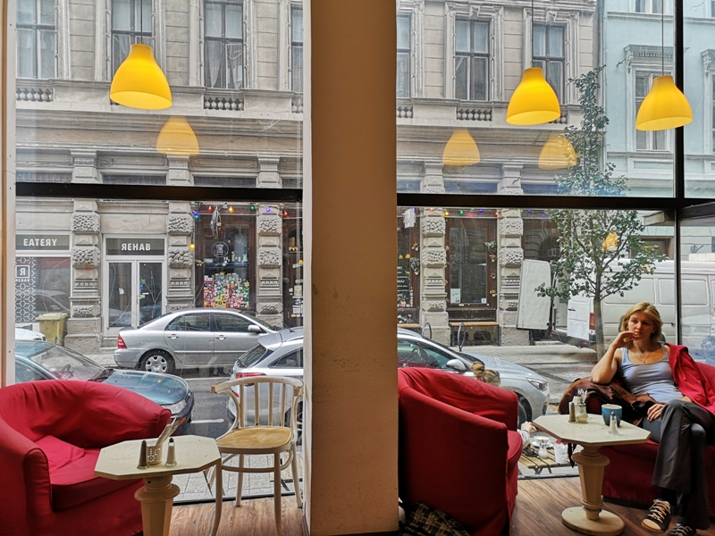 zoska08 Budapest-布達佩斯Zoska 冒著粉紅泡泡的可愛早午餐店